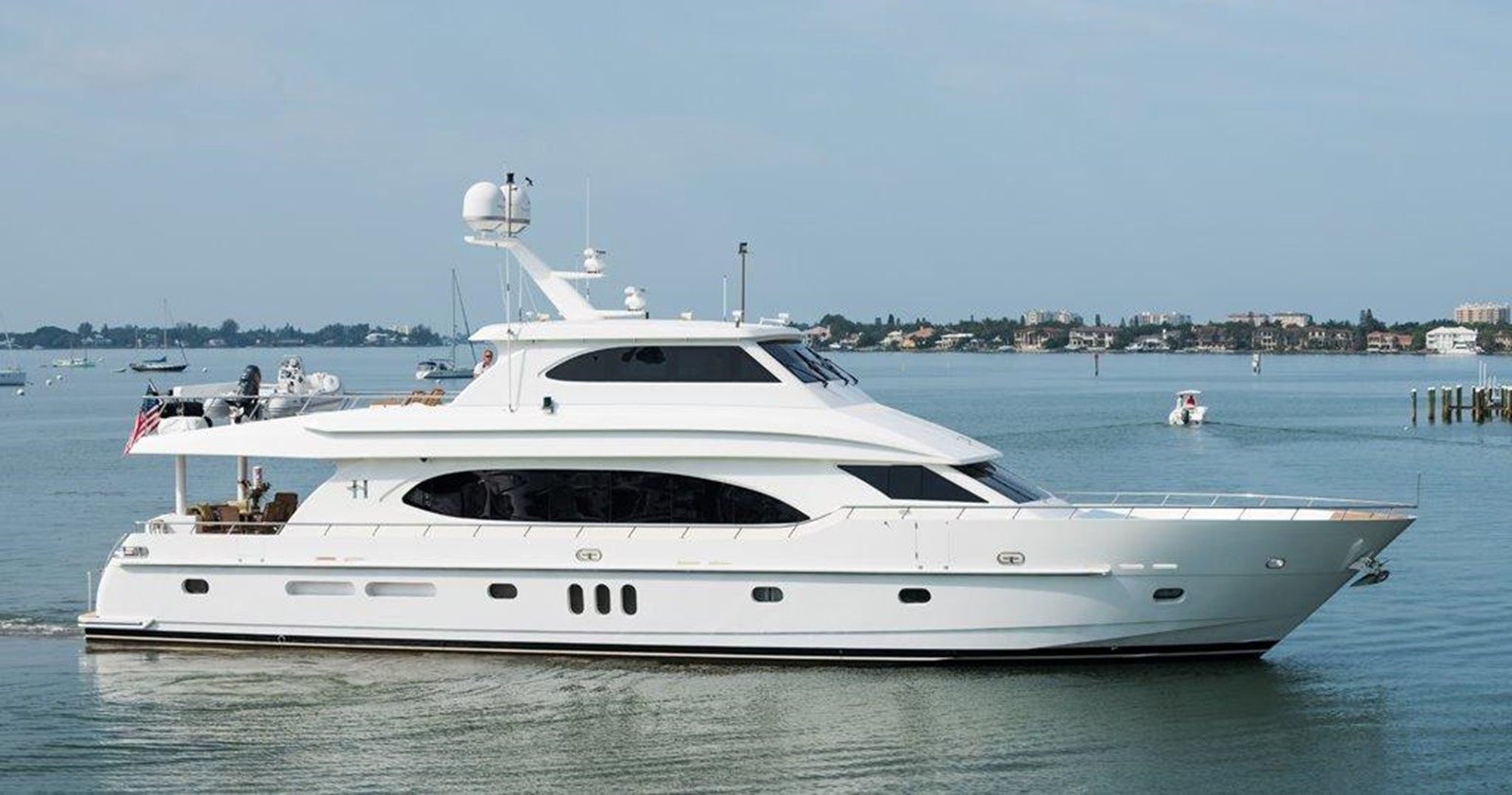2009 HARGRAVE 90' Skylounge Motor Yacht For Sale
