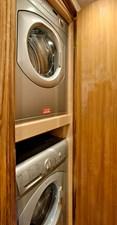Viking 52 ST Yacht Laundry Area