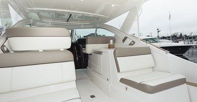 New Tiara 36 Yacht Aft Seating