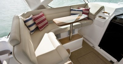 New Tiara 39 Yacht Aft Seating