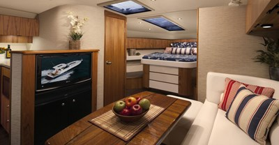 New Tiara 39 Yacht Salon