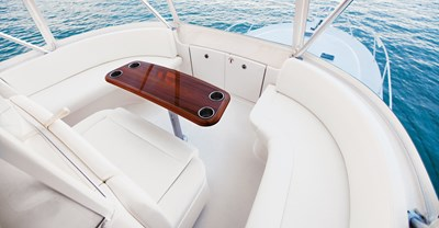 New Tiara 4800 Convertible Yacht Forward Seating
