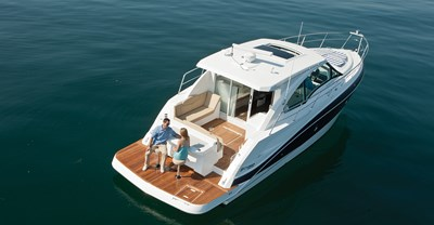 New Cruisers 41 Cantius Yacht Aft Deck