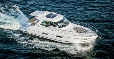 New Cruisers 48 Cantius Yacht Running 2