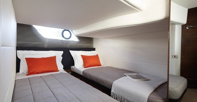 New Princess V39 Yacht Guest Stateroom