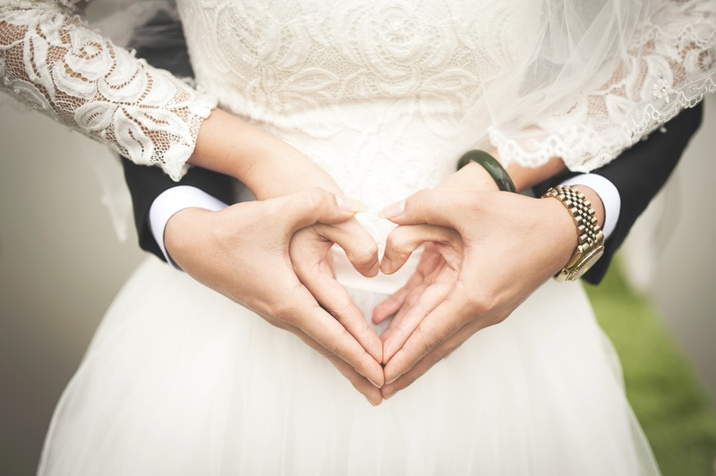 """#love #couple #theone #science How Your Body Knows - Who's """"The One,"""" According To Science"""