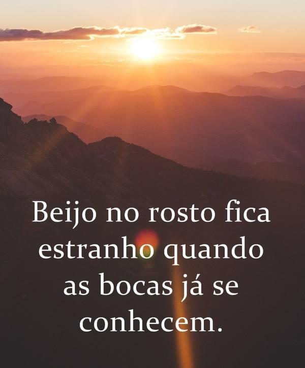 #Beijo #rosto #estranho Beijo no rosto