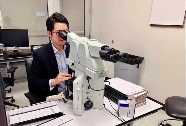 Dr._Huang_2_cropped.jpg
