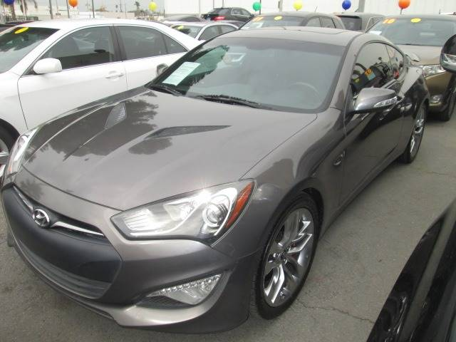 2013 Gray Hyundai Genesis Coupe - La Puente Motors .net