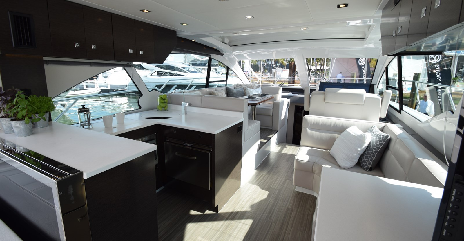New Cruisers 50 Cantius Yacht Main Deck