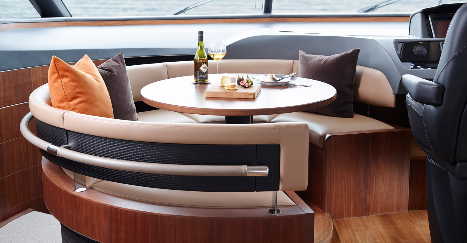 New Princess S72 Yacht Dining