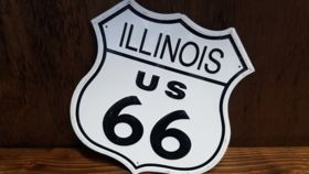 """Image of a """"Illinois Route 66"""" Sign"""