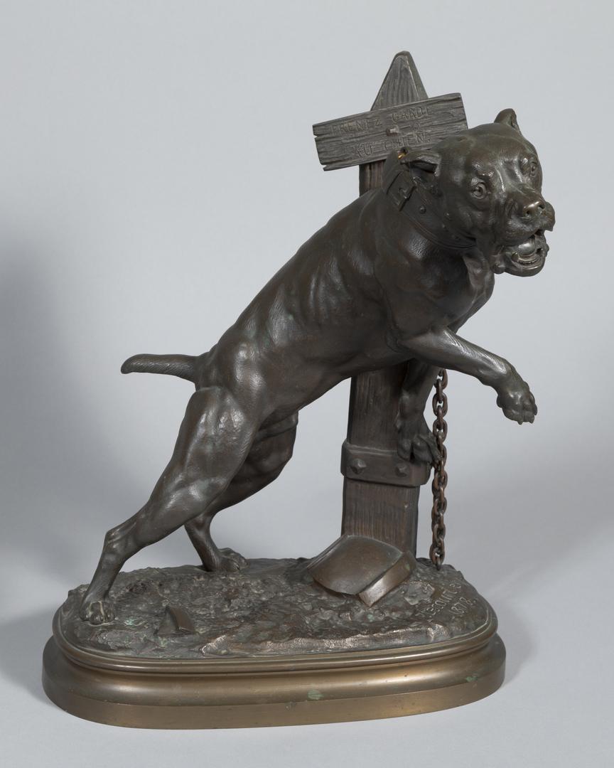 Pernez Garde au Chien Mastiff Chained