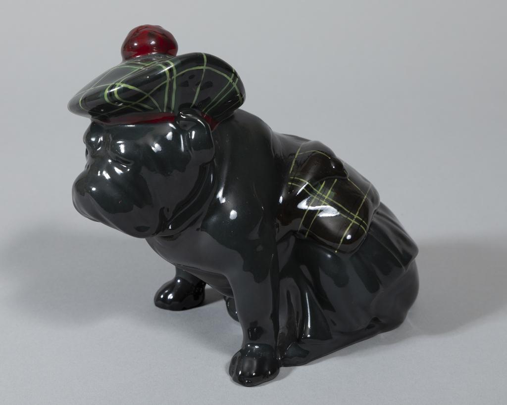 Bulldog w/Tam O'Shanter