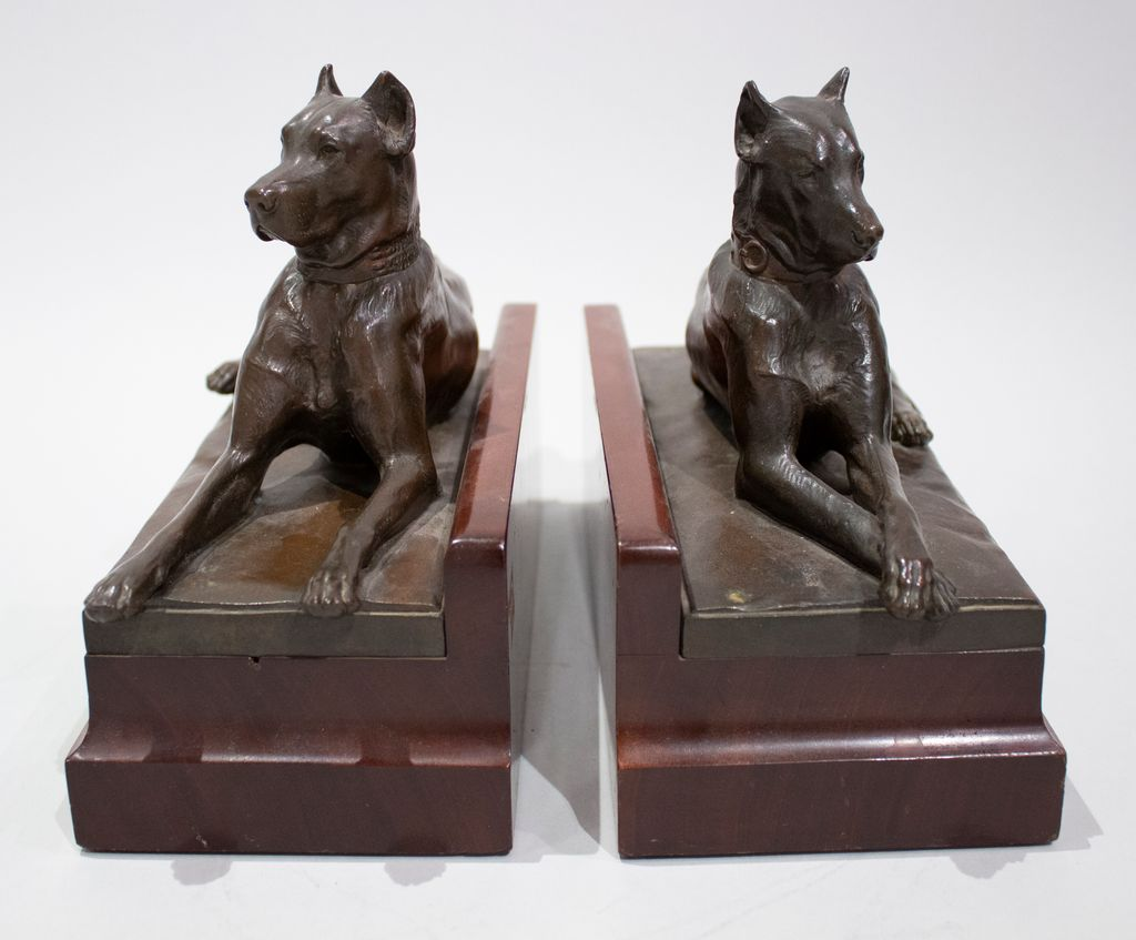 pair of Grt. Dane bookends