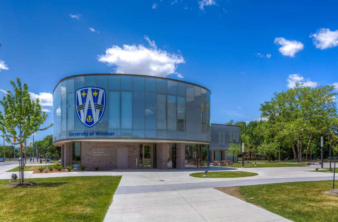 Experience University Of Windsor In Virtual Reality