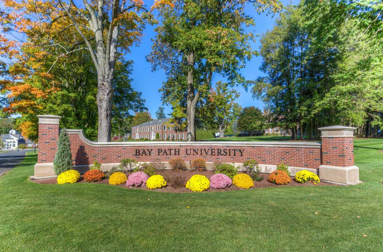 Experience Bay Path University In Virtual Reality