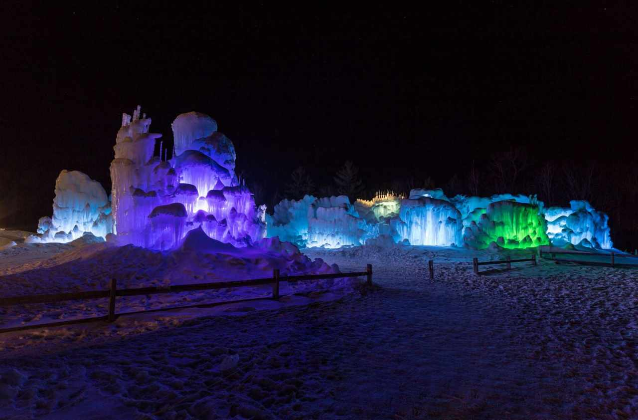 Experience Ice Castles Of Lincoln Nh In Virtual Reality